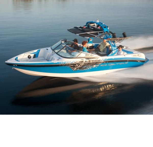 Nautique 230 SUPER AIR TEAM