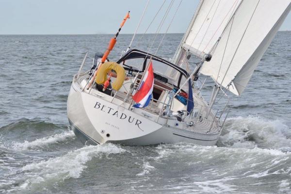 Sparkman & Stephens Condor 37