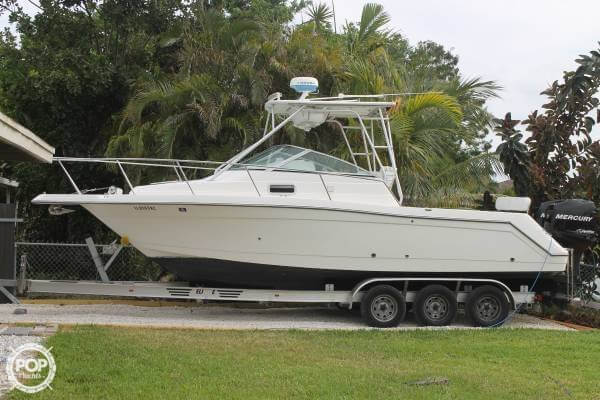 Robalo 2640 Walkaround 1999 Robalo 2640 Walkaround for sale in Hialeah, FL