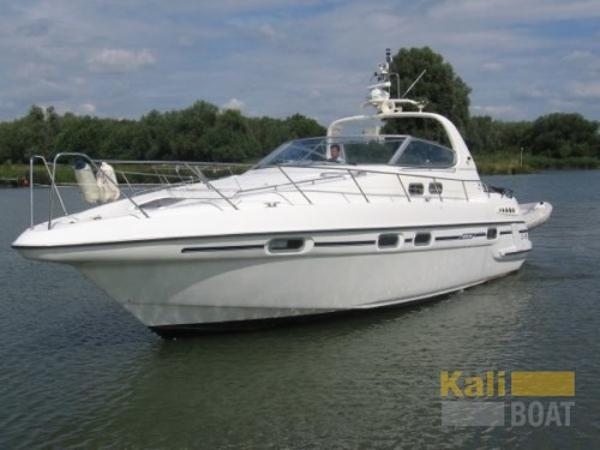 Sealine 400 Ambassador Picture 1