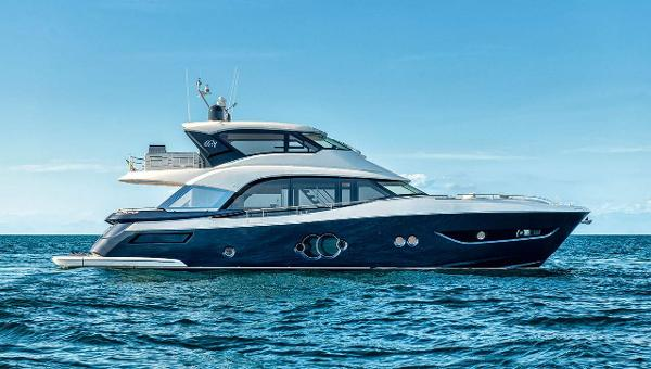 Monte Carlo Yachts Skylounge MCY 76