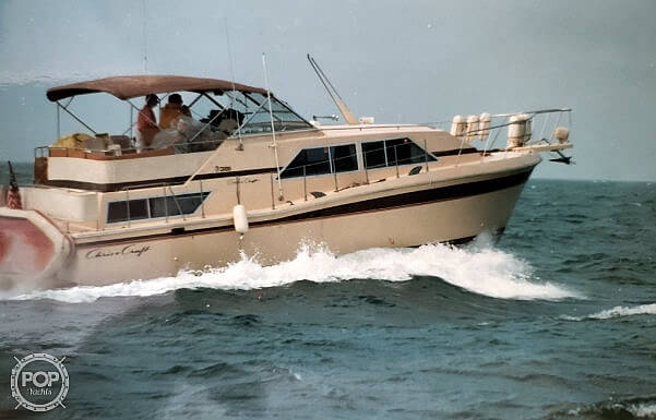 Chris-Craft Catalina 381 1982 Chris-Craft Catalina 381 for sale in Brant Rock, MA