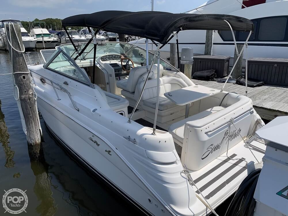 Sea Ray 270 Sundancer 1997 Sea Ray 270 Sundancer for sale in East Patchogue, NY