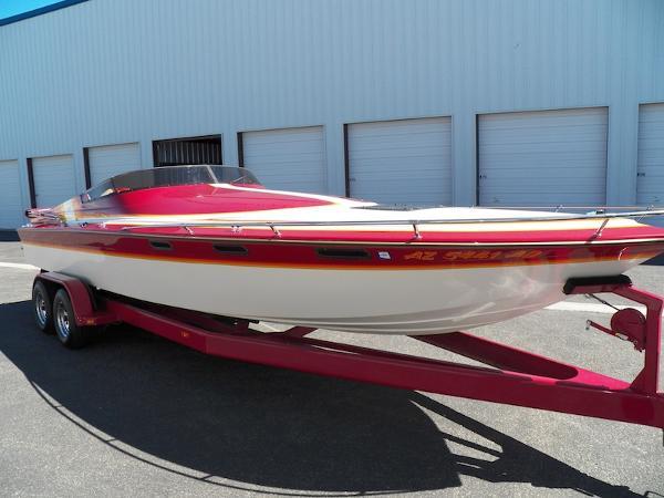 Hallett Boats 26