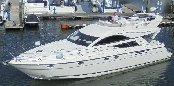 Fairline Phantom 50 Fairline Phantom 50 - Overall 1