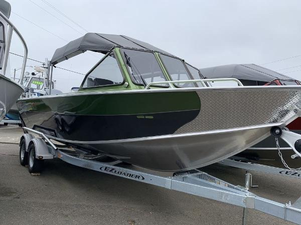 North River Seahawk Outboard 24'