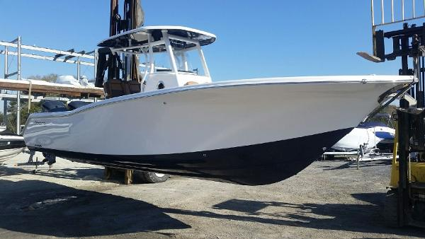 Tidewater Boats 280 Adventure