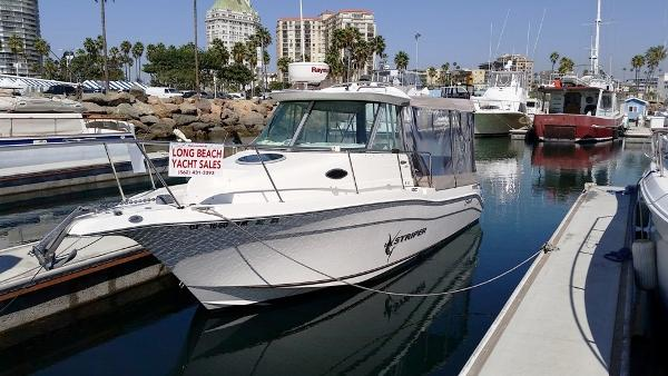 Seaswirl Striper 2601 WA Diesel Port Bow
