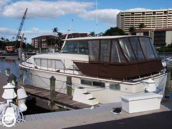Chris-Craft 41 Commander 1972 Chris-Craft 41 Commander for sale in Placida, FL