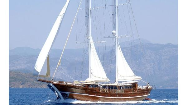 Custom built Motorsailer