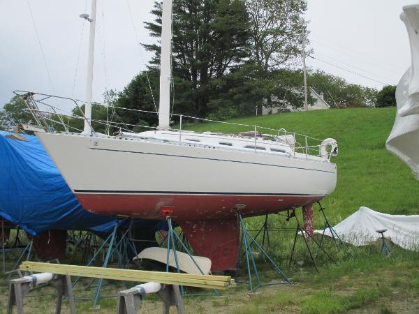 Freedom Yachts 30