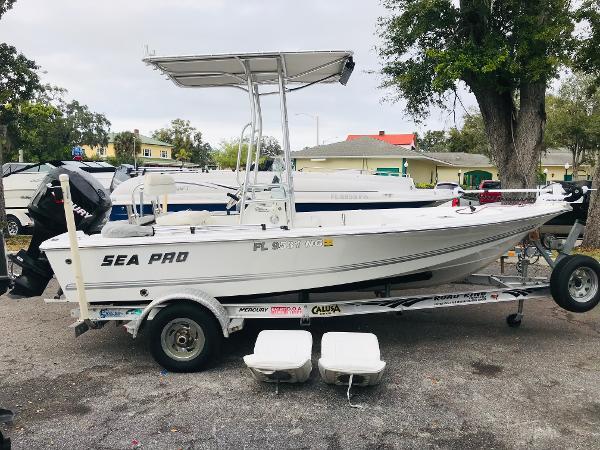 Sea Pro SV1700CC Bay Boat