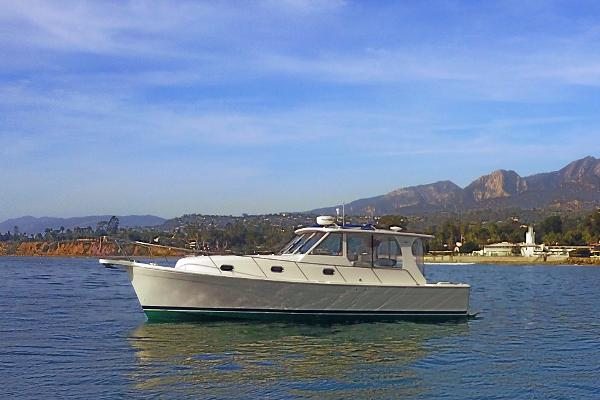 "Mainship Pilot 34 Sedan ""Daisy May"""