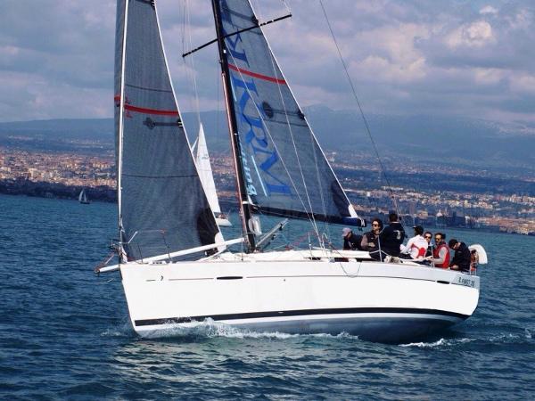 Beneteau First 35 BENETEAU - FIRST 35 - exteriors