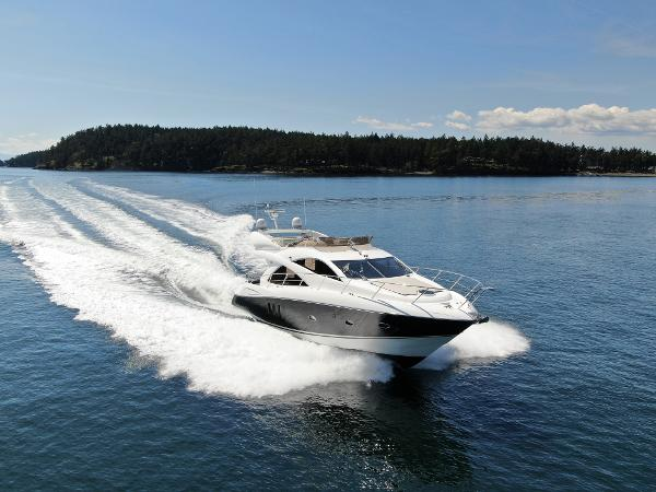 Sunseeker Manhattan 50 Main Image running 1