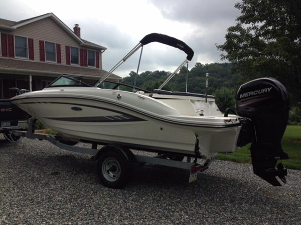 Sea Ray 19 SPX OB w Warranty