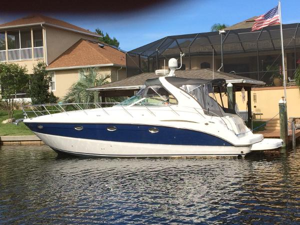Maxum 3700 SY PORT SIDE VIEW - MAGNIFICENT / IMRON BLUE HULL KINGSTRIPE