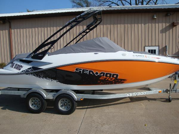 Sea-Doo 210 Wake