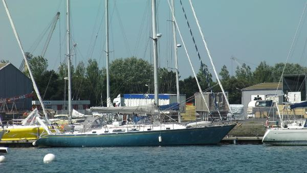 Tayana 52 Olympic Lady