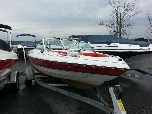 Chris-Craft Cavalier 170