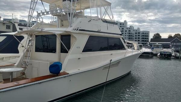 Viking 53 Convertible Starboard I