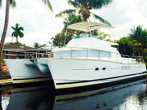 Lagoon 43 Powercat