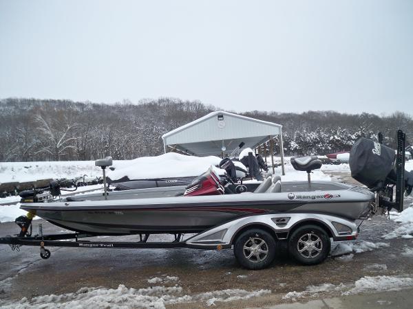 Ranger Z521C Cup Boat