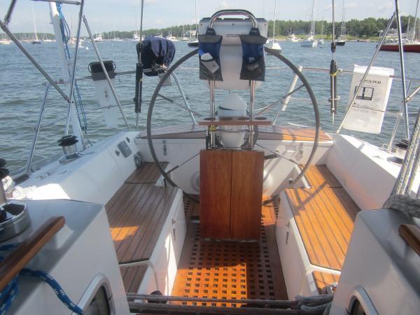 Lacoste  42 Pryde Cockpit