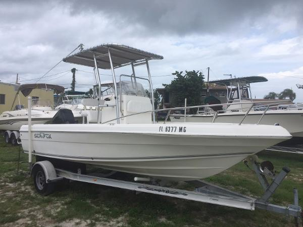 Sea Fox 197 Center Console