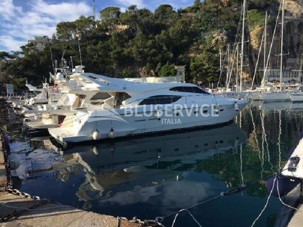 Ferretti Yachts 53 brochure 1