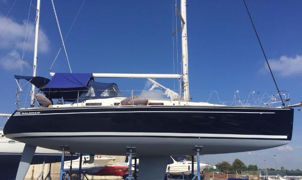 AD Boats SALONA 37' PERFORMANCE