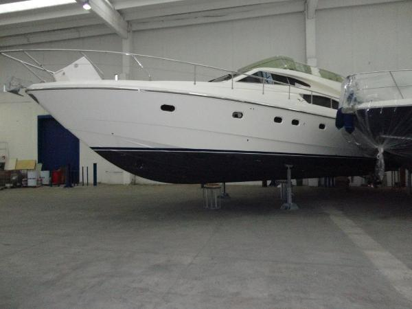 Ferretti Yachts 530 DSC00265