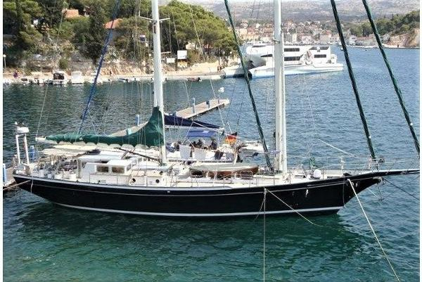 Custom Pilothouse Schooner 68