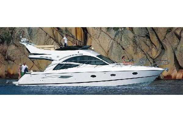 Galeon 440 Fly Manufacturer Provided Image