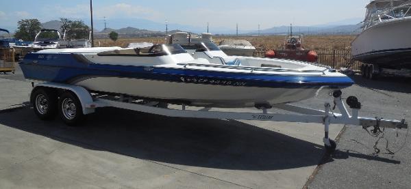 Essex Boats Genesis I/O