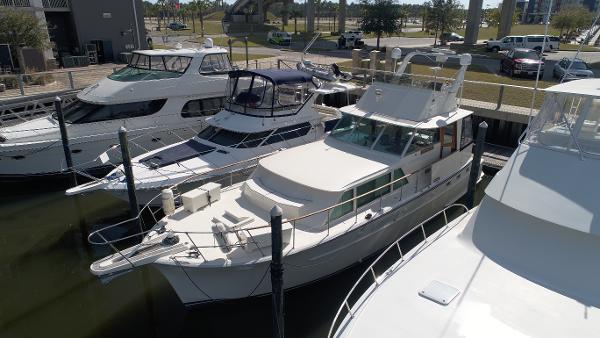 Hatteras 48 Yacht Fish