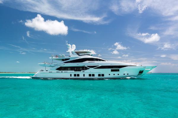 Benetti Veloce 140 Starboard Profile