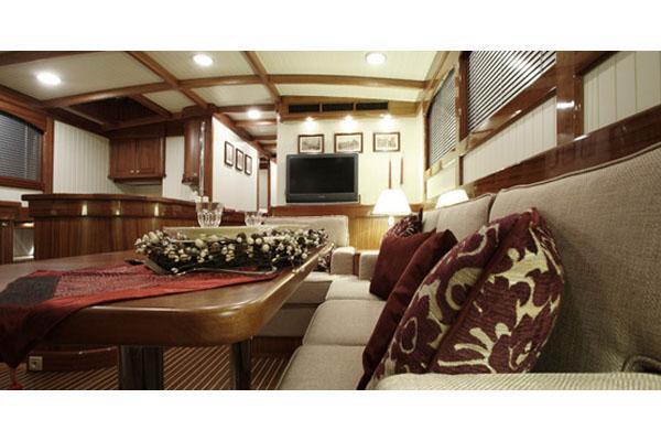 Conrad Classic 58 Saloon