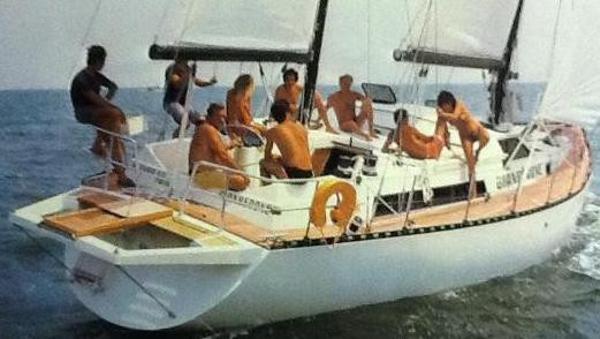 Ferretti Yachts Altura 53