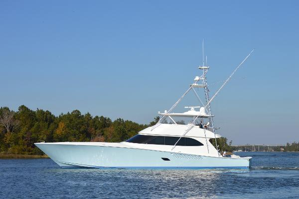Viking 82 Convertible 82' Viking 2010 Profile