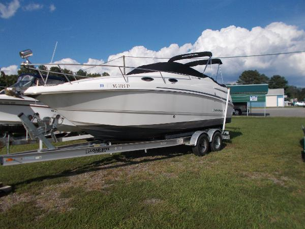 Chaparral 240 Signature Main
