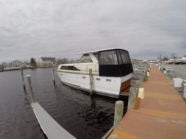 Trojan 42 Sea Voyager Flush Deck