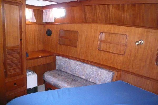 Aft cabin dressing table