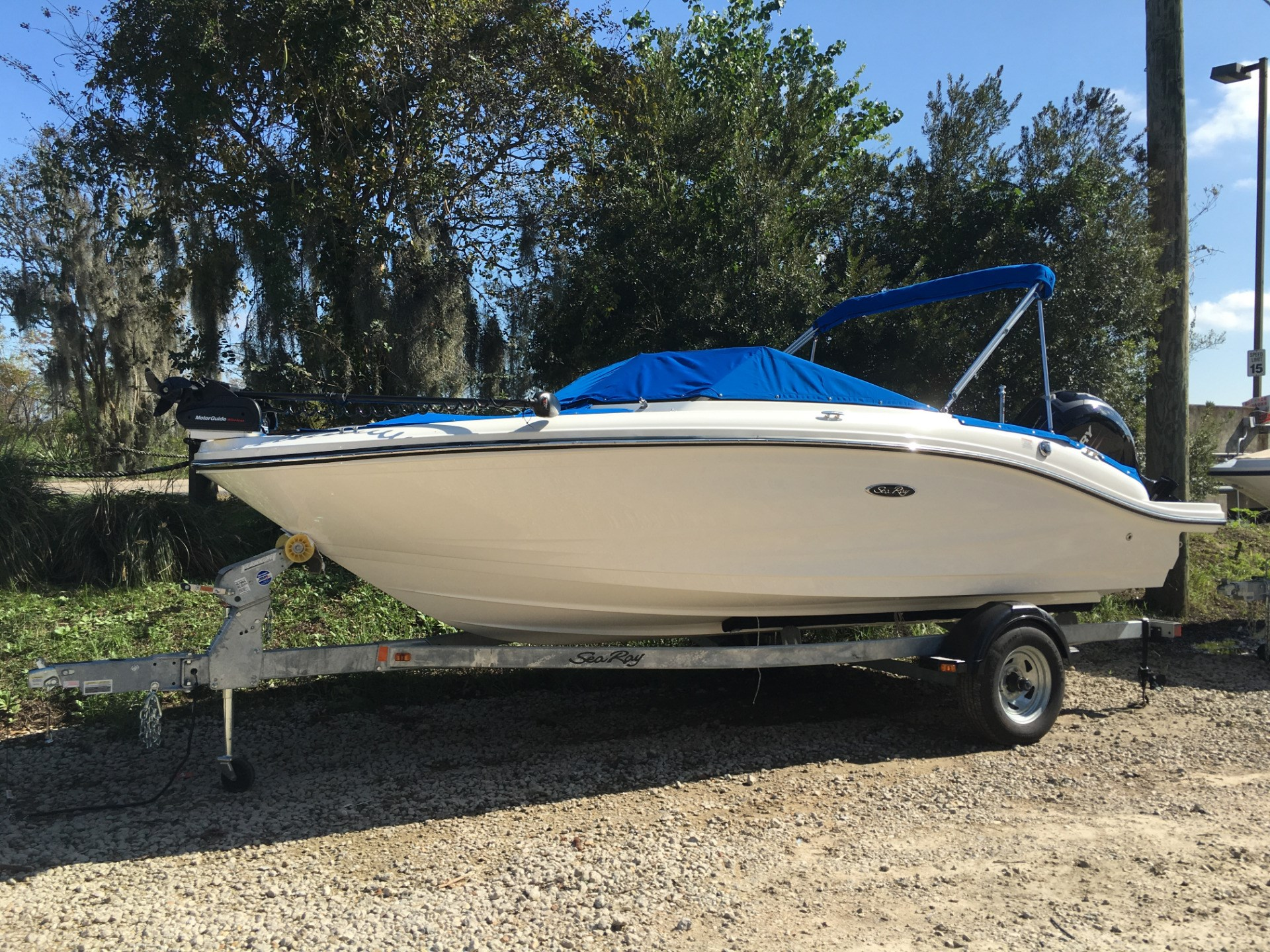 Sea ray ski and fish boats for sale for Fish and ski boats for sale