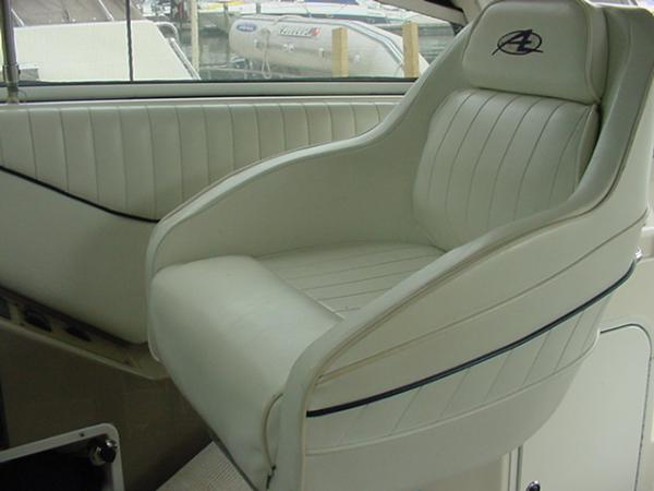 helm seat 7-12