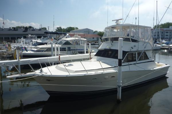 VIKING 41' Convertible