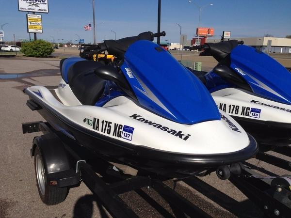 Kawasaki TWO Jet Ski® STX® -15F