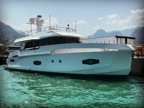Naval Yachts GreeNaval 60 Hybrid Yacht