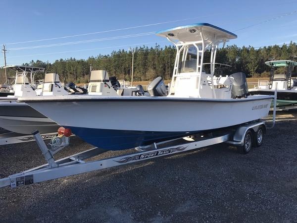 Blazer Boats 2400 Bay