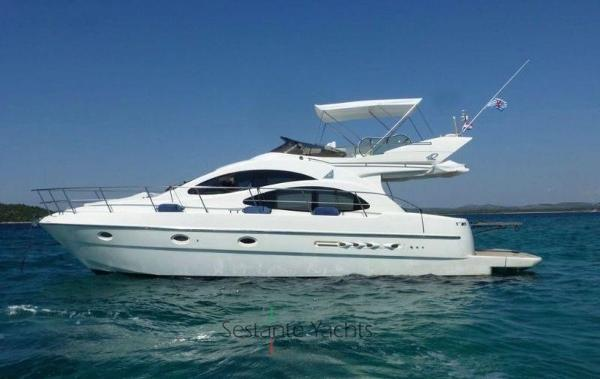 Azimut AZ 42 Flying bridge Azimut 42 Flying Bridge